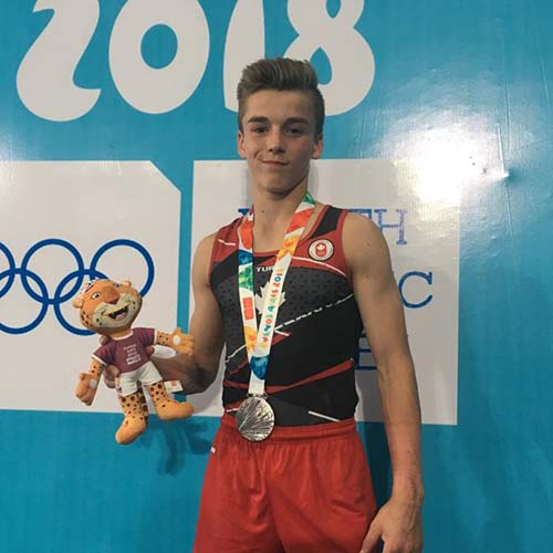 Silver medal for Dolci on rings at Youth Olympic Games